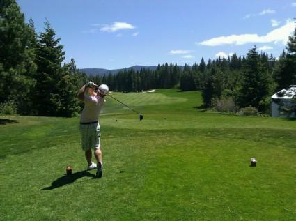 golfing_golfer_man_240393.jpg